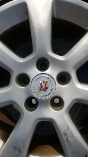 Cadillac wheels and tires for Sale in Pompano Beach, FL
