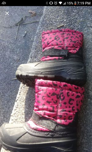 Girls snow boot for Sale in High Point, NC