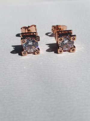 4cts Eiffel Tower Rose Gold Diamond Stud Earrings for Sale in Aspen Hill, MD
