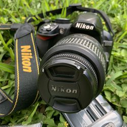Nikon D3100 DSLR Camera with 18-55mm Lens for Sale in Hollywood,  FL