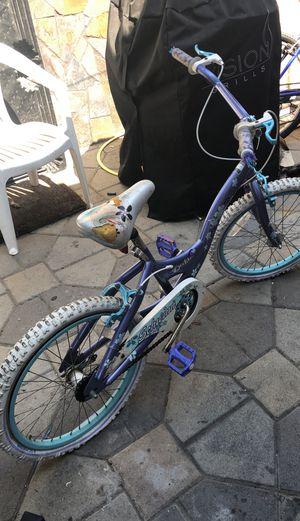 """Schwinn deelite girls 20"""" bike for Sale in Hawthorne, CA"""