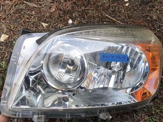 Toyota Rav 4 Headlight Oem for Sale in Portland,  OR