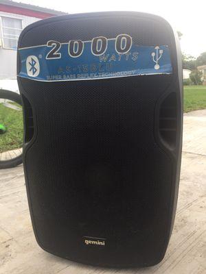 "2000 watts GEMINI Bluetooth and USB 15"" for Sale in Lake Worth, FL"