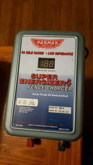 Reduced! Parmak SE-4 Fence Charger for Sale in Mercersburg, PA