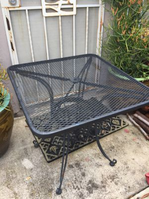 Patio or bistro table for Sale in Spring Valley, CA