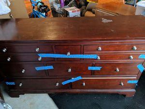Dresser for Sale in Ashburn, VA