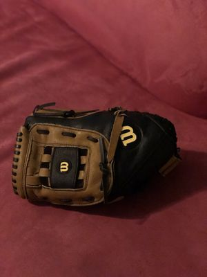 Softball Glove 🥎 for Sale in Wethersfield, CT