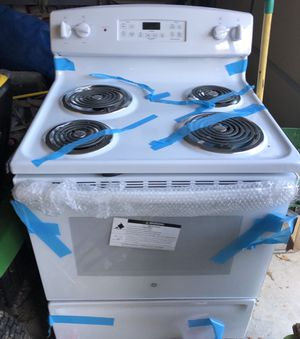 GE Electric Stove for Sale in Clarksville, TN