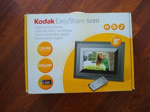 Brand new! Kodak easy share picture frame SV-811 for Sale in San Marcos, CA