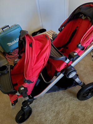 Double stroller, is in good condition and clean can also be used as a single stroller for Sale in Silver Spring, MD