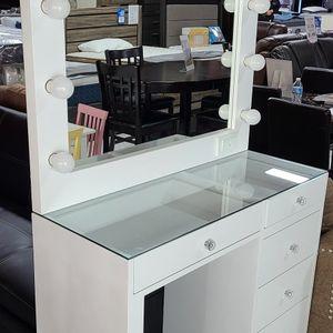 Vanity Set ❤️ for Sale in Montclair, CA