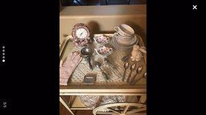 Antique tea cart for Sale in Tampa, FL