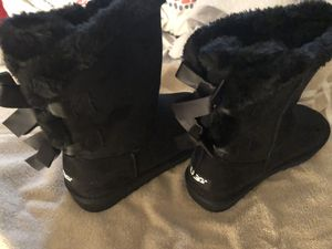 Black ugg boots size 7 brand new for Sale in Odenton, MD