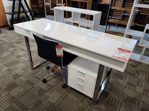 Brand new desk for Sale in Phoenix, AZ