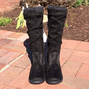 NEW Totes winter boots Size 7 for Sale in Smithtown, NY