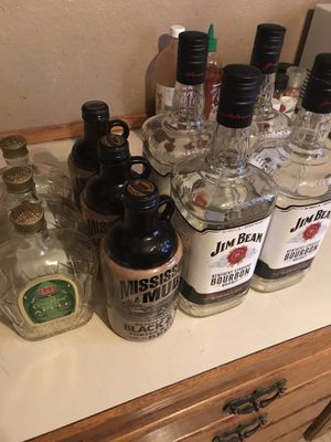 Free Bottles for Sale in Tacoma, WA