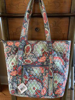 New Vera Bradley tote / purse / shoulder bag for Sale in Hendersonville,  TN