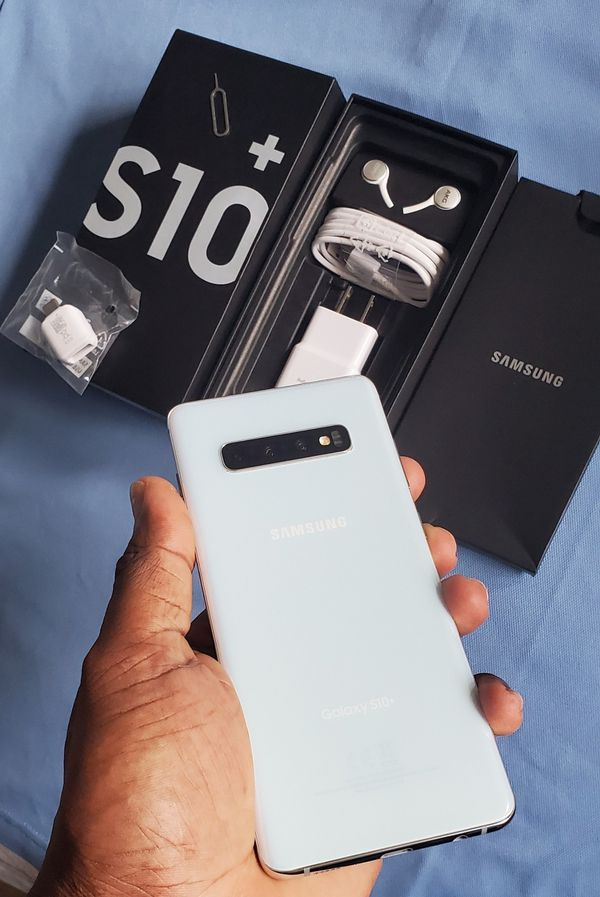 "Samsung Galaxy S10 Plus Brand New Unlocked.. If you're picking up I will sell it for $550 price is """"FIRM"""" Thank you!"