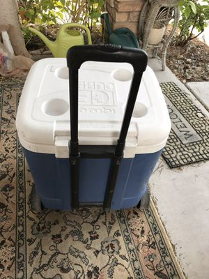 Cooler on Rollers for Sale in Henderson, NV