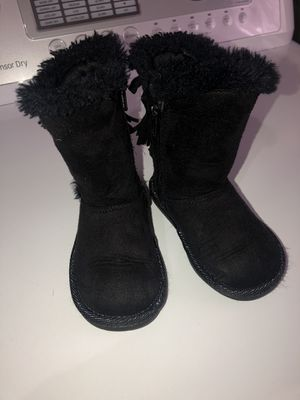 Toddler girl boots for Sale in HOFFMAN EST, IL