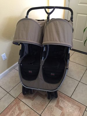 Britax Double Stroller for Sale in Fresno, CA