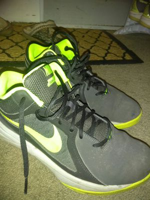 Men's Nike shoes size 8 for Sale in South Milwaukee, WI