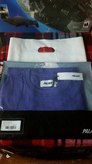 Final Sale Palace Tex Tee for Sale in Fresno, CA