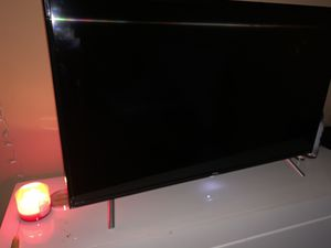 """TCL ROKU 4 SERIES 2160p 49"""" 4K UHF TV WITH HDR TV for Sale in Covington, GA"""