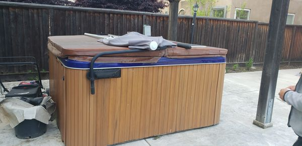 Cal spa hot tub