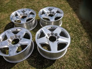 Tire rims for Sale in Two Rivers, WI