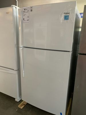 """New Discounted Whirlpool 33"""" Refrigerator 1yr Manufacturers Warranty for Sale in Chandler, AZ"""