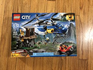 Lego City Mountain Arrest NO BEAR 60173 for Sale in Los Angeles, CA