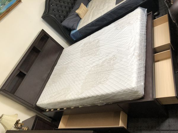 bedroom set w/ storage $799