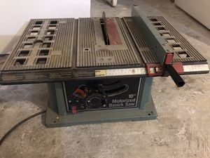 "Delta 10"" Motorized Table Bench Saw for Sale in Chicago, IL"