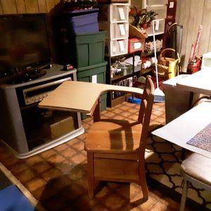 School desk for Sale in Zionsville, PA