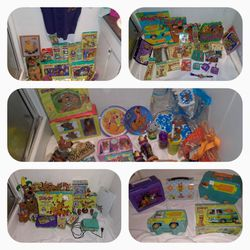 WOW!!! 98 PIECE BRAND NEW SCOOBY DOO COLLECTION for Sale in Lynnwood,  WA