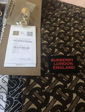 Burberry Collar Shirt ( NEW ) for Sale in Gardena, CA