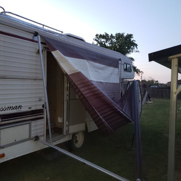 Pull out owning for RV