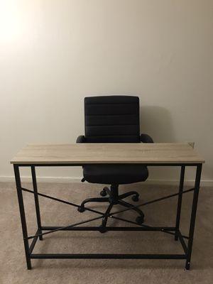 Desk+office chair for Sale in Ann Arbor, MI
