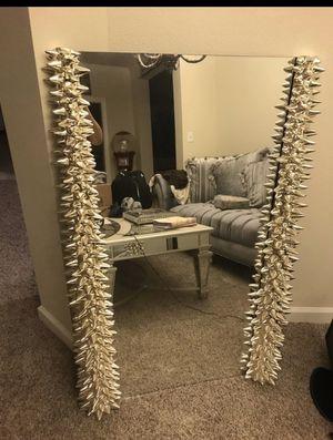 exotic Mirror! for Sale in Virginia Beach, VA
