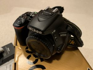 Nikon D5500 Digital SLR Camera Body for Sale in Kirkland, WA