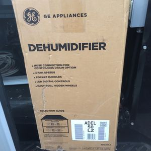 GE Dehumidifier for Sale in Des Moines, WA