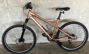 Giant Yukon mountain bike specialized trek crus bicycle hybrid $500 for Sale in Irvine, CA