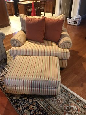 Chair and half sofa love seat couch for Sale in Detroit, MI