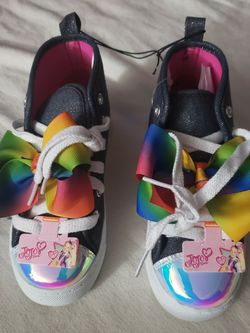 Girls High Top JoJo Reversible Sequin Glitter Shoes Sneaker .size 10 for Sale in Tacoma,  WA