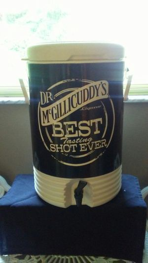 Drink Cooler for Sale in McKeesport, PA