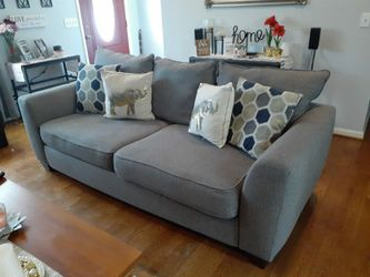 Sleeper sofa from Rooms to Go. for Sale in Murfreesboro,  TN