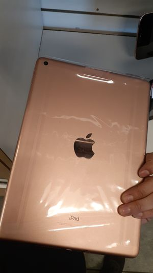 iPad model A1893 for Sale in Tucson, AZ