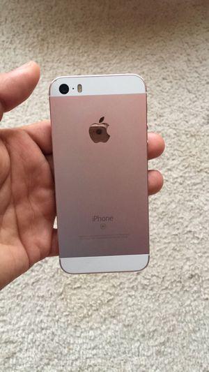 iPhone 5se for Sale in Herndon, VA