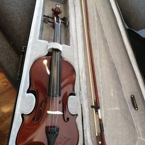 PRIMA FULL SIZE VIOLIN FROM EUROPE for Sale in Jersey City, NJ